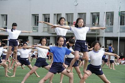 http://www.kamakura-u.ac.jp/sys/elementary_news/images/2013%E9%81%8B%E5%8B%95%E4%BC%9A%20%283%29.jpg