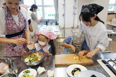 http://www.kamakura-u.ac.jp/sys/elementary_news/images/20190806-2%20%283%29.jpg